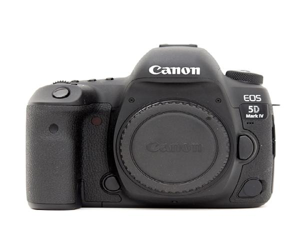 CANON 5D MARK IV (Body Only) On rent