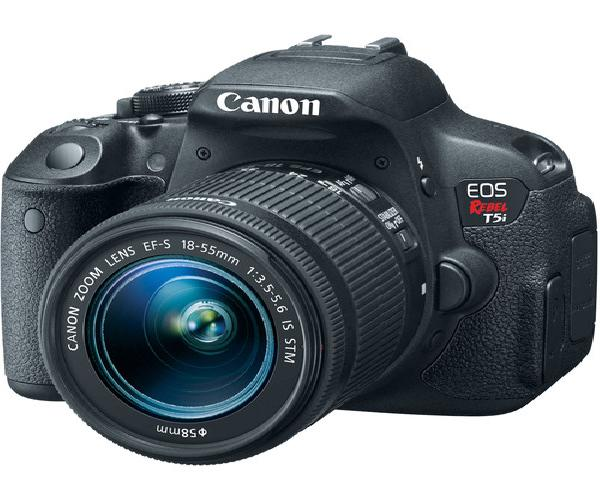 CANON 700D on Rent