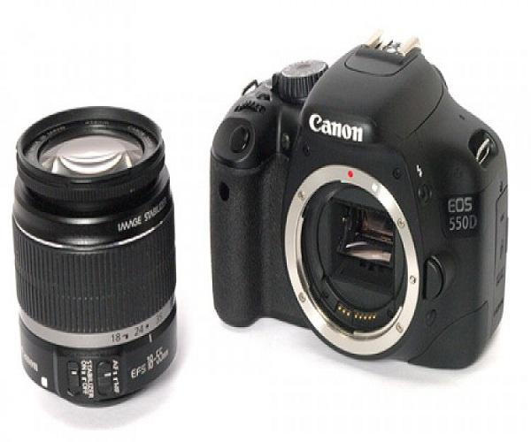 CANON 550D Camera On Rent