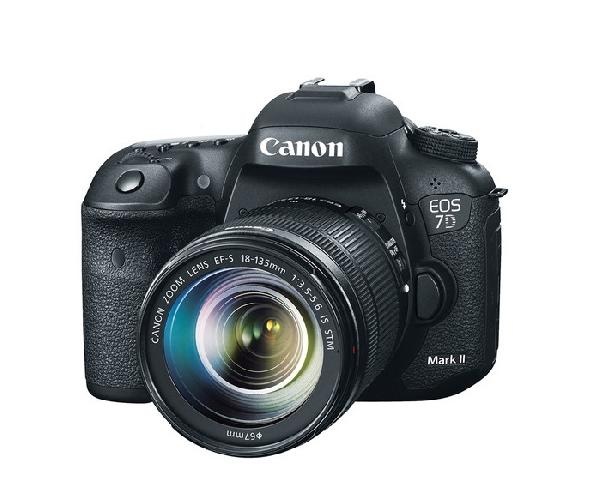 CANON 7D 20MP Camera On Rent