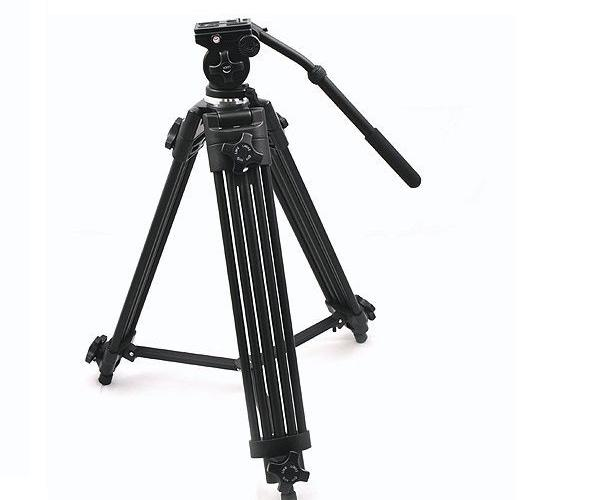 TRIPOD FOR VIDEO